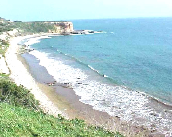 View from a bluff of beach in Abalone Cove Ecological Reserve